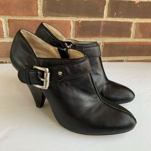 Michael Michael Kors black leather booties
